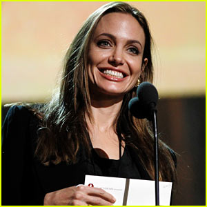 Angelina Jolie: Oscars Rehearsal!