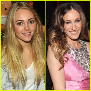 AnnaSophia Robb Playing Young Carrie Bradshaw