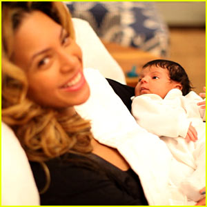 Blue Ivy Carter: First Pictures!