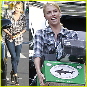 Charlize Theron: Super Bowl Party at Chelsea Handler's!