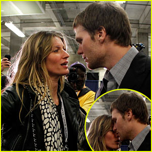 Gisele Bundchen Consoles Tom Brady After Super Bowl Loss