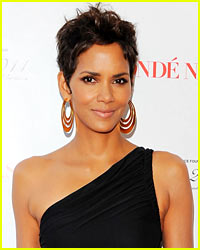 Halle Berry: No Oscars This Year!