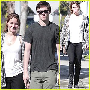 Jennifer Lawrence & Nicholas Hoult: Valentine's Day Walk!