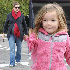 Jennifer Garner: Breakfast Buddies with Seraphina