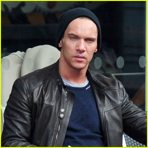 Jonathan Rhys Meyers: Leather Lad in London