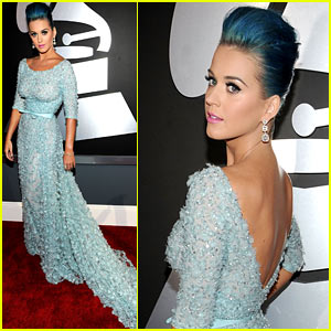 Katy Perry - Grammys 2012 Red Carpet