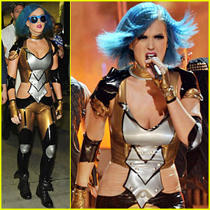 Katy Perry's Grammys Performance - Watch Now!