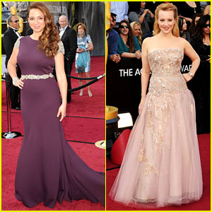 Maya Rudolph & Wendi McLendon-Covey - Oscars 2012 Red Carpet