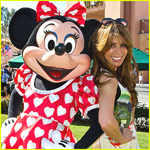 Paula Abdul: Disney World for Valentine's Day!
