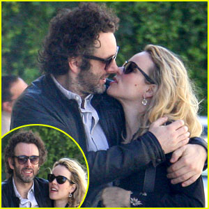 Rachel McAdams & Michael Sheen: Kissing Couple!