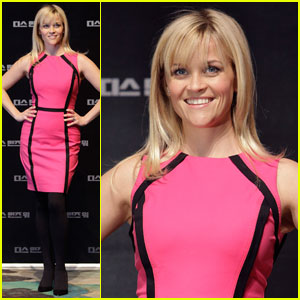 Reese Witherspoon: 'War' Press Conference in Seoul!