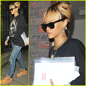 Rihanna: 'Livin' My Life' in London