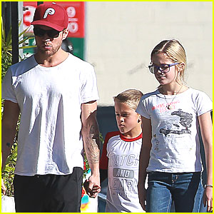 Ryan Phillippe, Ava & Deacon: Lunch Bunch
