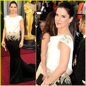 Sandra Bullock - Oscars 2012 Red Carpet