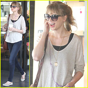 Taylor Swift: Coffee & Cookies!