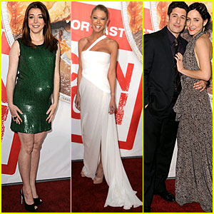 Alyson Hannigan: 'American Reunion' Cast at Hollywood Premiere!