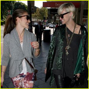 Ashlee Simpson & Minka Kelly: Sydney Shoppers