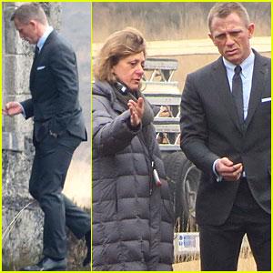 Daniel Craig: 'Skyfall' Scenes in Surrey!