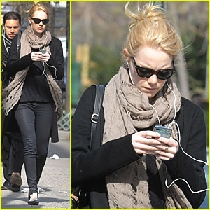 Emma Stone: EIF Revlon Run/Walk in May!