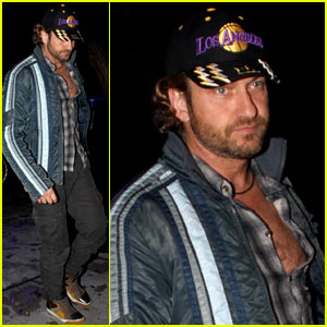 Gerard Butler Cheers On the Lakers!