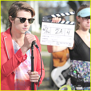Hot Chelle Rae: Behind The Scenes of 'Honestly' Video!