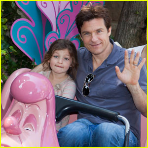 Jason Bateman: Disneyland With Daughter Francesca!
