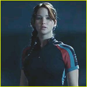 Jennifer Lawrence: Katniss' Hunger Games Target Practice Video