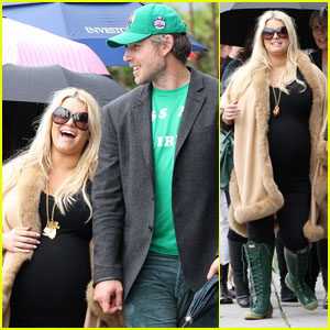 Jessica Simpson: St. Patrick's Day Stroll