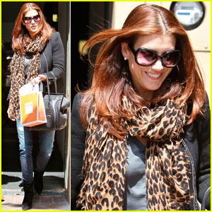 Kate Walsh Launches 'Boyfriend Talk' With SheKnows