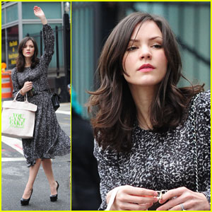 Katharine McPhee Supports Fashion Designers!