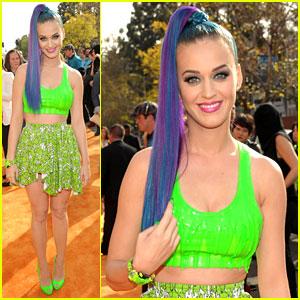 Katy Perry: Slime Bra at Kids' Choice Awards 2012!