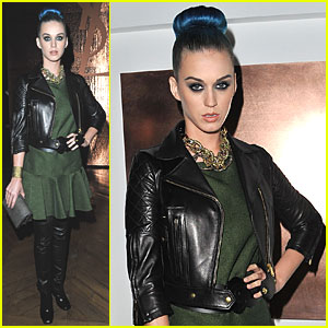 Katy Perry: Front Row at YSL Presentation!