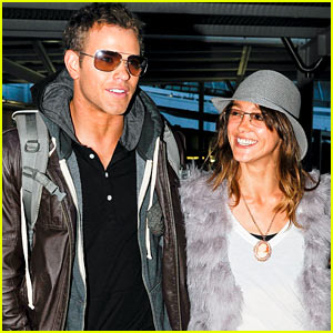 Kellan Lutz & Sharni Vinson: Sydney Sweeties!