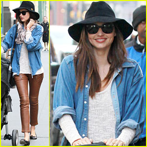 Miranda Kerr: Stroller Sunday With Flynn!