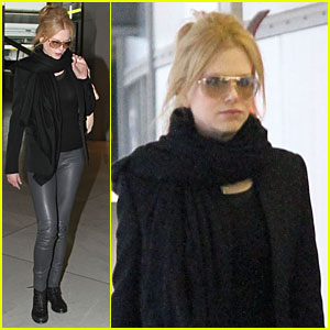 Nicole Kidman: Leather Pants in Paris!