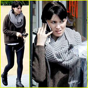 Rooney Mara: Thursday Errands!
