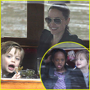 Shiloh & Zahara Jolie-Pitt: Funny Faces in Amsterdam!