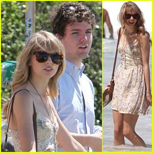 Taylor Swift: 'Billboard' Magazine's Top Money Maker!