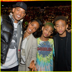 Will & Jada Pinkett Smith: 76ers Game With Willow & Jaden!