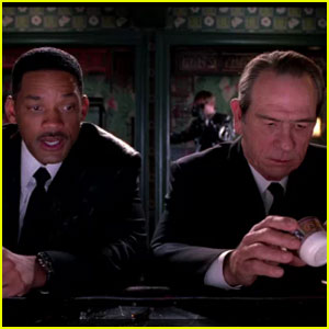 Will Smith: 'Men in Black 3' Theatrical Trailer!