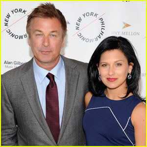 http://cdn01.cdn.justjared.com/wp-content/uploads/headlines/2012/04/alec-baldwin-engaged-newsies.jpg