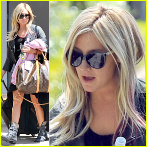 Ashley Tisdale: Off To Santa Barbara For Easter!