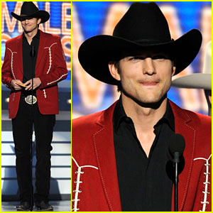 Ashton Kutcher: ACM Awards Cowboy Chic!