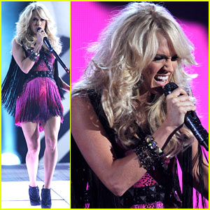 Carrie Underwood: ACM Awards Performance!