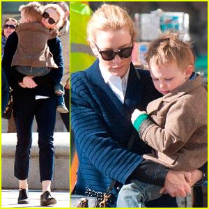 Cate Blanchett: Family Sightseeing In Paris