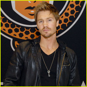 Chad Michael Murray: Chicago Com
