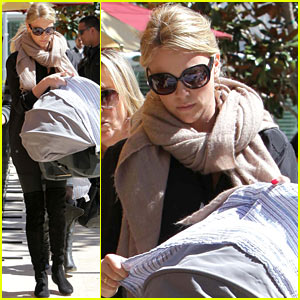 Charlize Theron: Bouchon Bistro With Baby Jackson!
