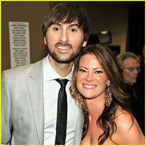 Lady Antelbellum's Dave Haywood Gets Married!
