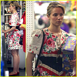 Dianna Agron: Party Supplies Shopping!