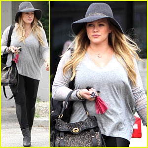 Hilary Duff: Post-Pregnancy Workouts in Progress